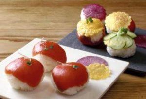2015年4月22日 ラップで簡単 サーモンの手まり寿司
